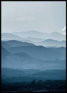 Mountain layers Poster in der Gruppe Poster / Größen und Formate / 50x70cm bei Desenio AB (2558)