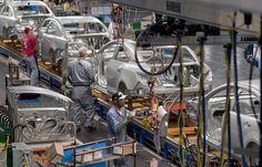 Nissan, GM y FCA superan a VW en producción en México