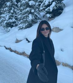 Photos Tumblr, Kendall Jenner Style, Kendall And Kylie, Kendalll Jenner, Winter Pictures, Kourtney Kardashian, Jennifer Lopez, Snow, Photo And Video