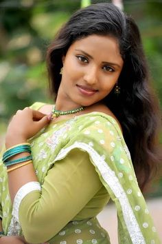 Sari, Actresses, Celebrities, Pretty, Beauty, Babies, Tv, Fashion, Red