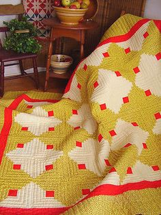 Vintage-Brilliant-Sunshine-Shadow-Log-Cabin-Quilt-Cheddar-Red-Hand-Quilted