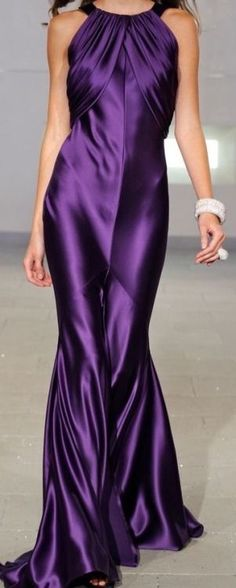 43 styles you will wear easily - gorgeous purple dress Purple Love, All Things Purple, Shades Of Purple, Purple Dress, Purple Satin, Purple Stuff, Deep Purple, Beautiful Gowns, Beautiful Outfits