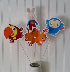 Baby first tv birthday party Hey, I found this really awesome Etsy listing at… Birthday Bbq, Bunny Birthday, Birthday Favors, 1st Birthday Parties, Birthday Ideas, Harry The Bunny, Baby First Tv, Craft Party, Party Gifts