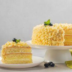 Τούρτα Μιμόζα: Το γλυκό των Ιταλών για την Ημέρα της Γυναίκας   BOVARY Vanilla Cake, Desserts, Food, Dessert Ideas, Food Food, Tailgate Desserts, Deserts, Essen, Postres