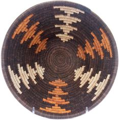 Masterweave African Basket - Botswana - 8 Inches Across - Tapestry Bag, Tapestry Crochet, Wiggly Crochet, Pine Needle Baskets, Crochet Tote, American Indian Art, Beaded Jewelry Patterns, Basket Decoration, Knitted Bags