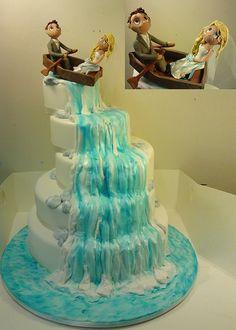 29 Amazing Waterfall Wedding Cakes Ideas - Fashion and Wedding 3 Tier Wedding Cakes, Different Wedding Cakes, Diy Wedding Cake, Wedding Cake Designs, Wedding Ideas, Waterfall Cake, Waterfall Wedding, Unique Cakes, Creative Cakes