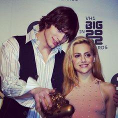Brittany Murphy Ashton Kutcher, Famous Men, Celebs, Celebrities, Awards, Actors, Big, Pretty, Women