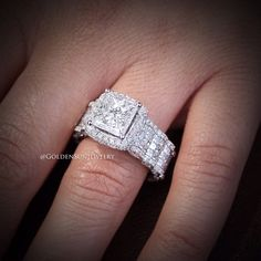"""Figure out even more info on """"diamond solitaire rings princess cut"""". Check out our site. Wedding Ring For Her, Wedding Rings For Women, Wedding Jewelry, Wedding Band, Rings Cool, Unique Rings, Beautiful Rings, Unique Ring Designs, Diamond Engagement Rings"""
