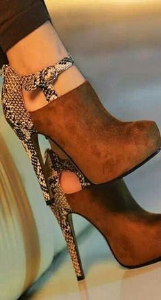 ╰☆Stilettos~Pumps~Heels☆╮
