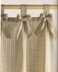 Resultado de imagem para como fazer cortina com argolas de madeira costuradas na