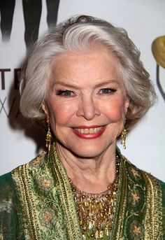 Celebrity Hairstyles Pleasing Shirley Jonesclassy Celebrity Hairstyles For Women With Gray Hair L
