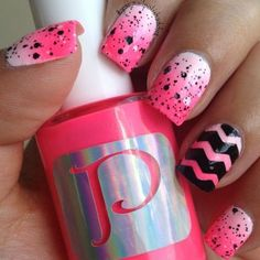 Uñas degradadas tonos rosados | We Heart It