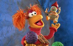 Fraggle Rock LOVE THIS SHOW! I actually opened a radio to see if fraggle rocks were inside. 90s Childhood, Childhood Memories, Clever Dog, Fraggle Rock, The Muppet Show, The Dark Crystal, Jim Henson, 80s Kids, Classic Cartoons