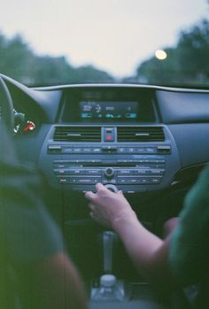 Only do roadtrips with those pals that can jam to your tunes ;)
