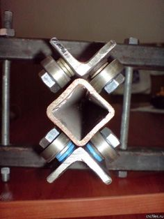 Order now extracted metal working projects Routeur Cnc, Diy Cnc Router, Metal Working Tools, Metal Tools, Metal Projects, Welding Projects, Homemade Tools, Diy Tools, Homemade Bandsaw Mill