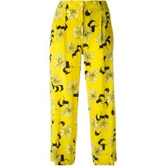 P.A.R.O.S.H. cropped floral print trousers ($441) ❤ liked on Polyvore featuring pants, capris, yellow, yellow cropped pants, cropped capri pants, flower print pants, floral printed pants and cropped pants