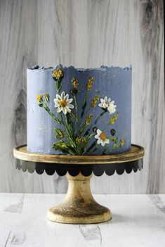Lady in the Wild West's portfolio of work from her boutique bakery in Jackson Hole, WY. The portfolio showcases custom artisan wedding cakes, specialty celebration cakes, cupcakes, and custom sugar cookies. Floral Cake, Art Floral, Vintage Floral, Buttercream Cake Designs, Buttercream Flower Cake, Daisy Cakes, Blue Cakes, Small Wedding Cakes, Wedding Cakes With Flowers