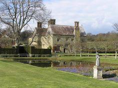 Bateman's was built around 1634. Rudyard Kipling bought it in 1902.