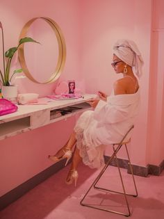 Charlotte Mills x Bridal Editor Shoot. Shoes Styling Photography Model Make up Location Aesthetic Collage, Pink Aesthetic, Rose Gold Wedding Shoes, Foto 3d, Glam Photoshoot, Chloe Rose, Image Beautiful, Pink Photo, Everything Pink
