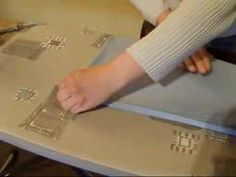 Comment repasser un drap housse - YouTube How To Make Fire, Home Organization, Organizing, Videos, Youtube, Dressing, Lingerie, Photos, How To Make