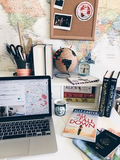"ursula-uriarte: ""Airbnb-ing, coffee drinking, embassy row-ing kinda day  ☕️ """