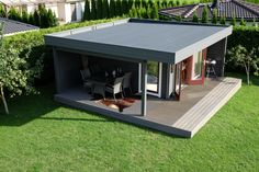 Das Hansa Lounge XL Gartenhaus mit erweitertem Sonnendeck