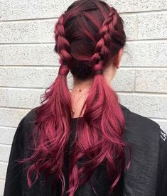 Balayage Hair And Highlights 40 Awesome Balayage Red Hair Inspiration Cute Hair Colors, Beautiful Hair Color, Hair Dye Colors, Cool Hair Color, Beautiful Braids, Magenta Hair Colors, Creative Hair Color, Plum Hair, Red Pink Hair