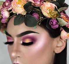 Flower Child  @littledustmua looking so ethereal in this stunning look using the 35B and 35U palettes. Show our #MorpheBabe some love