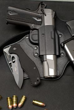 kydex and leather IWB 1911 holster. Need it for the zombie apocalypse 1911 Holster, 1911 Pistol, Kydex Holster, Weapons Guns, Guns And Ammo, Rifles, Cool Guns, Knives And Swords, Survival Gear