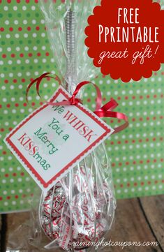 """FREE Printable Whisk Label """"We Whisk you a Merry KISSmas"""" (Cute Gift Idea!)"""