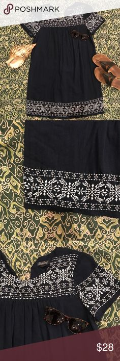 Lucky Brand Embroidered Babydoll Dress Lucky Brand Embroidered Babydoll Dress  Size Small  Worn once Lucky Brand Dresses