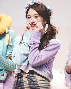 Twice - Chaeyoung Kpop Girl Groups, Korean Girl Groups, Kpop Girls, Nayeon, Oppa Gangnam Style, Rapper, Chaeyoung Twice, Twice Once, Twice Kpop