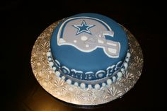 Dallas Cowboy Grooms Cake Ideas | am a redskins fan.... so making this cake hurts my feelings. I was 2 ...