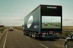 トラックの背面にフロントビューの映像を投影。◆【交通事故減少に向けて】サムスンが開発した「安全トラック」が画期的アイデア! - feely http://feely.jp/23874/