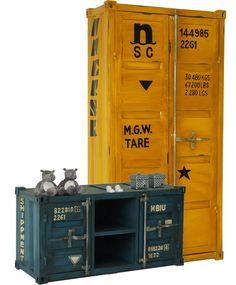 Klaar met studentikoos Ikea en tijd voor een originele inrichting? Zet een containerkast in je woonkamer.