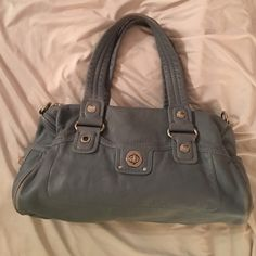 Authentic Marc Jacobs Shoulder Bag Pre-owned and Pre-loved Marc Jacobs Medium size light gray shoulder bag. 100% leather (pebbled). This beautiful bag has lots of life left!! Marc by Marc Jacobs Bags Shoulder Bags