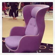 Jaime Hayon's purple Ro chair for #FritzHansen.