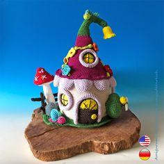 Crochet Pattern Fairyhouse, the Amigurumi Fairy House, by jennysideenreich Double Crochet, Single Crochet, Crochet Toys, Free Crochet, Crazy Patterns, Crochet Fairy, Roof Colors, Slip Stitch, All The Colors