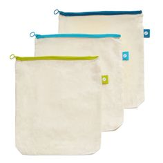 These reusable cotton bulk bags are the perfect addition to your zero waste shopping kit! Use these instead of film plastics in the bulk foods section! Simply Shredded, Zero Waste Store, Bulk Food, Plastic Pollution, Produce Bags, Fabric Bags, Love To Shop, Cotton Bag, Cotton Fabric
