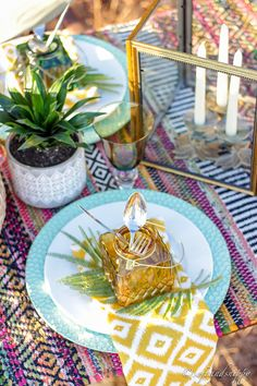 African tablescape Centerpieces, Table Decorations, Warm Autumn, Fall Weather, Tribal Prints, Place Settings, Tablescapes, African, Texture