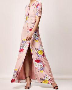 The Sofia Dress Big Flower Big Flowers, Kimono Top, V Neck, Worship, Pretty, Skirts, Sleeves, Sewing Diy, Beautiful