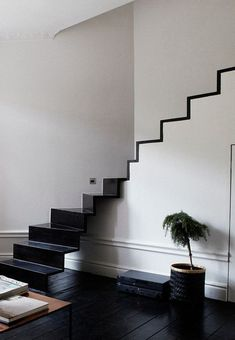 New Black Stairs Modern Stairways Staircase Design 64 Ideas Interior Stairs, Interior Architecture, Interior And Exterior, Luxury Interior, Luxury Furniture, Modern Interior, Escalier Design, House Stairs, Loft House