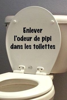 enlever l'odeur de pipi facilement dans les toilettes remove the smell of pee easily in the toilet Trucs et astuces Green Cleaning, House Cleaning Tips, Spring Cleaning Checklist, Diy Cleaning Products, Cleaning Solutions, Cleaning Hacks, Bedroom Cleaning, Hacks Diy, Homemade Products