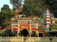 A-Ma Buddhist Temple - Macau: Amazing place built into a hill.