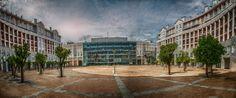 Plaza Errekalde y al fondo el Aula de Cultura