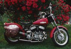 "Custom 1942 Harley-Davidson 750 WLA ""Flathead""   Early KH model front end"