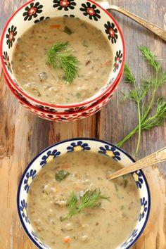 Polish Mushroom Soup with Barley – Kolay yemek Tarifleri Mushroom Barley Soup, Beef Barley Soup, Mushroom Soup Recipes, Czech Recipes, Russian Recipes, Ethnic Recipes, Ukrainian Recipes, Slovak Recipes, Sauerkraut Soup Recipe