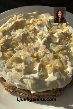 Den är enkel att baka och en tårta få glömmer, Den uppskattas av alla som får smaka av den. En tårta med krämig nougat med en botten av mandel.  Toppad med fluffig mandelgrädde. Besök min sida & NJUT!  Candy Recipes, Dessert Recipes, Grandma Cookies, Candy Drinks, Swedish Recipes, Everyday Food, Something Sweet, No Bake Desserts, Let Them Eat Cake