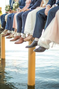 This Bride and Groom First Noticed Their Venue the Day Earlier than the Marriage ceremony – Fotograpy Yacht Wedding, Lakeside Wedding, Waterfront Wedding, Vintage Wedding Photography, Wedding Photography Styles, Photography Ideas, Wedding Pics, Wedding Ideas, Wedding Ceremony