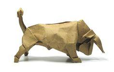 Origami Bull by Origamikuenstler